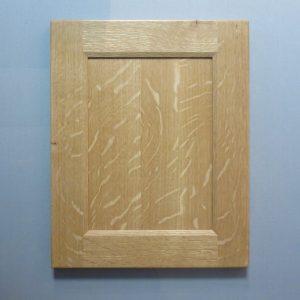 White Oak, Quarter Cut, Solid Reversed Raised Flat Panel, Bevel Shaker Inside Profile, Natural