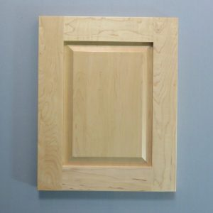 Maple, Bevel Solid Raised Panel, Shaker Inside Profile, Natural