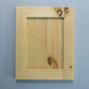 Knotty Alder, Solid Reversed Raised Panel, Shaker Inside Profile, Natural
