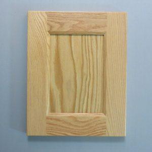 Red Oak, 3/8 Flat Panel, Bevel Shaker Inside Profile, Natural, 2-3/4 Inch Wide Stiles and Rails